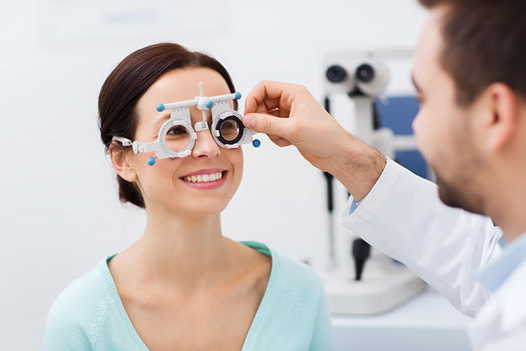 eye exam toronto